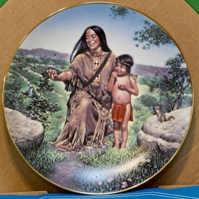 1987 Crown Parian Porcelain Collector Plate, American Folk Heroes Series, Sacajawea