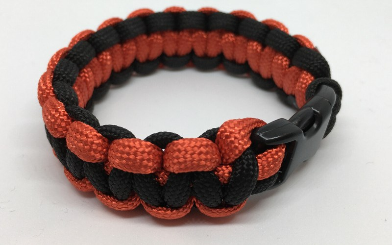Paracord bracelet Black&Red