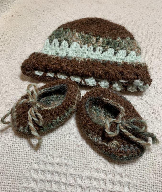 Green and Brown Alpaca Hat - Newborn 18349