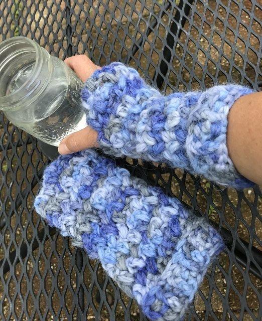 Bulky Fingerless Gloves - Snuggle 18221