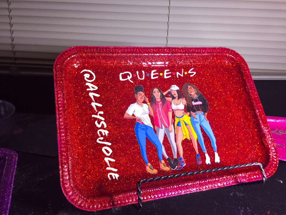 Queens Red Glitter Rolling /Vanity Tray Set 00050