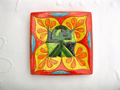 Spanish plate ~ Indalo flores, square