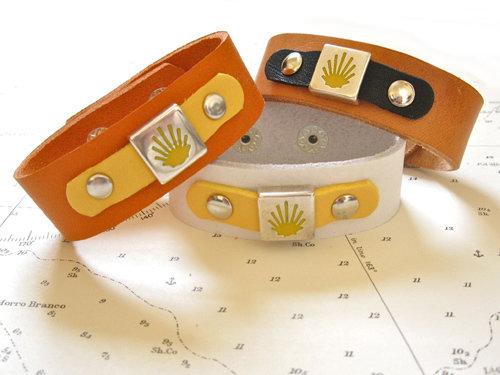 Camino de Santiago Compostela cuff bracelet MCJ01182