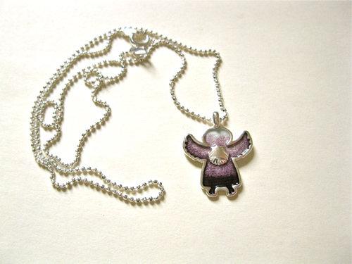 Perfectly purple angelito
