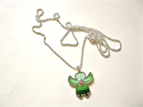 Gorgeous green angelito