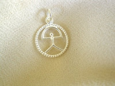 Indalo pendant ~ classic in circle, silver