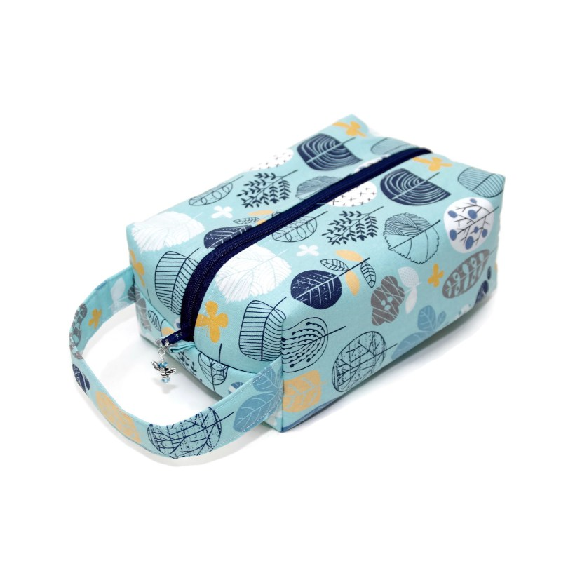 Botanical in Blue - Regular Box Bag