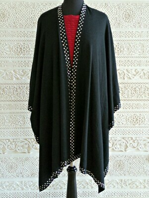 Shezan - Luxurious knitted black shawl with an embellished crystal trim