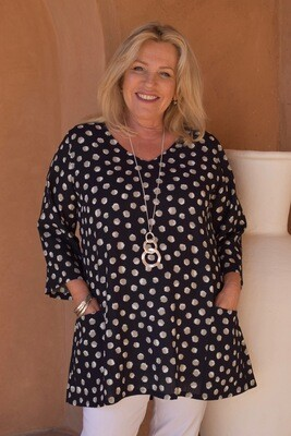 Tosca - Spot print A-line tunic with pockets