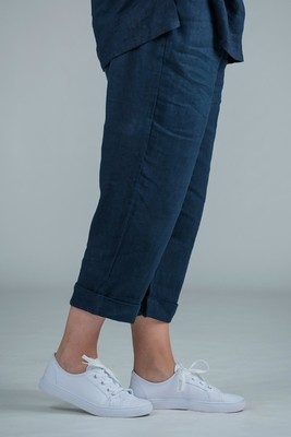 Petula - Navy linen crop trousers