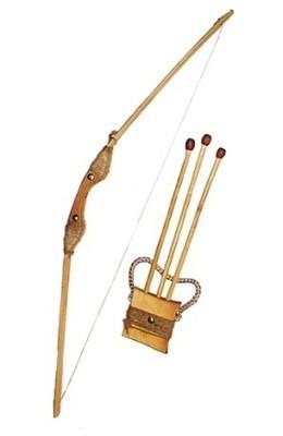 Игрушка дер. Лук 85см, чехол для стрел и три стрелы eco dерево 17870у