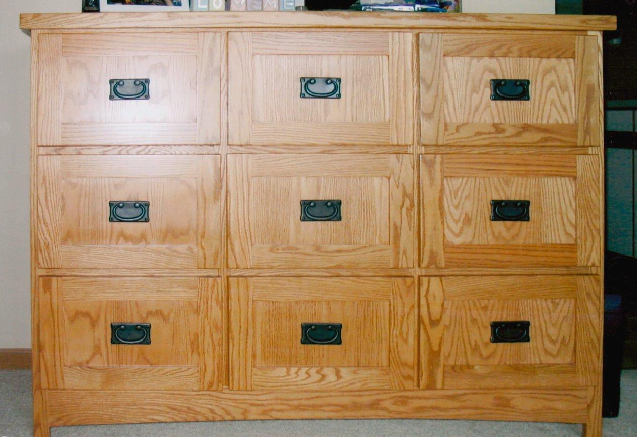 Dresser 00005