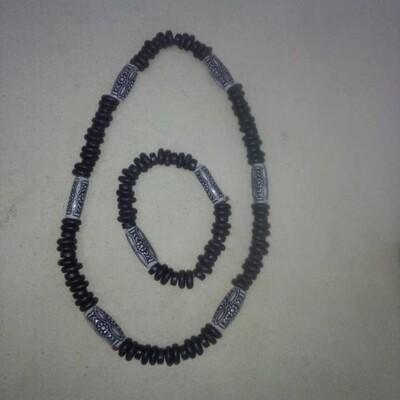 የእጅ እና የአንገት ጌጥ l Bracelet and Necklace
