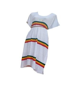የኢትዮጵያ ባንዲራ ያለበት በክር የተሰራ ባህላዊ የሴቶች አጠር ያለ ቀሚስ Traditional Cloth