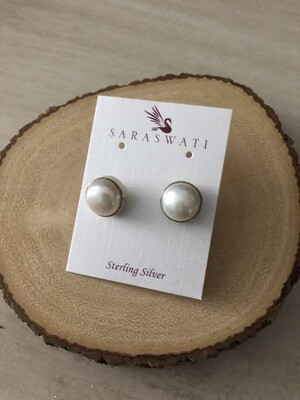 Pearl Studs - Large