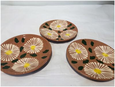 Hand painted Daisy Dessert Plates