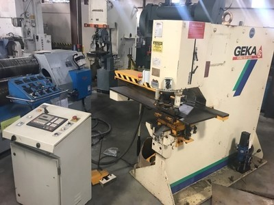 1 – USED GEKA PUMA IRONWORKER WITH SEMI-PAXY