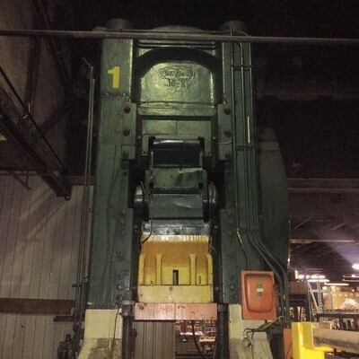 1 – USED 1,000 TON CLEVELAND KNUCKLE JOINT PRESS