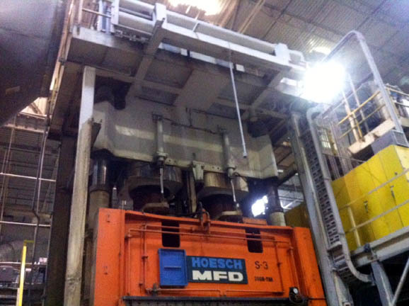 - USED 2340 TON HOESCH HYDRAULIC PRESS