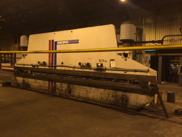 1 - USED 30' PACIFIC 400 TON HYDRAULIC PRESS BRAKE C-4376