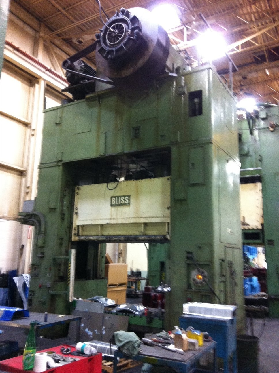 1 – RECONDITIONED 1000 TON BLISS SSDC POWER PRESS C-4421