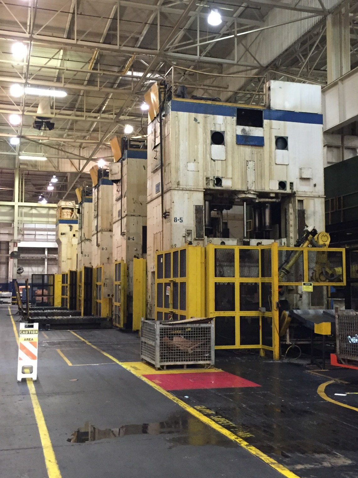 4 - USED USI CLEARING 800 TON SINGLE ACTION STRAIGHT SIDE PRESSES