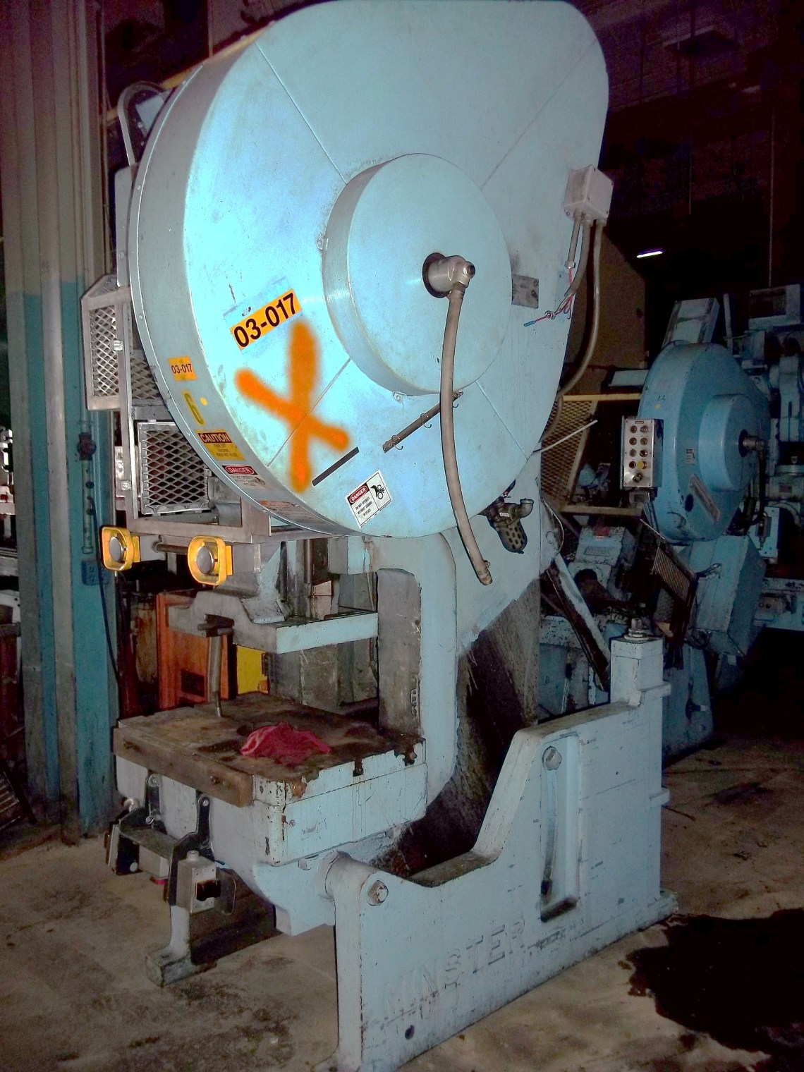 1 – USED 60 TON MINSTER FLYWHEEL TYPE OBI PRESS C-5001
