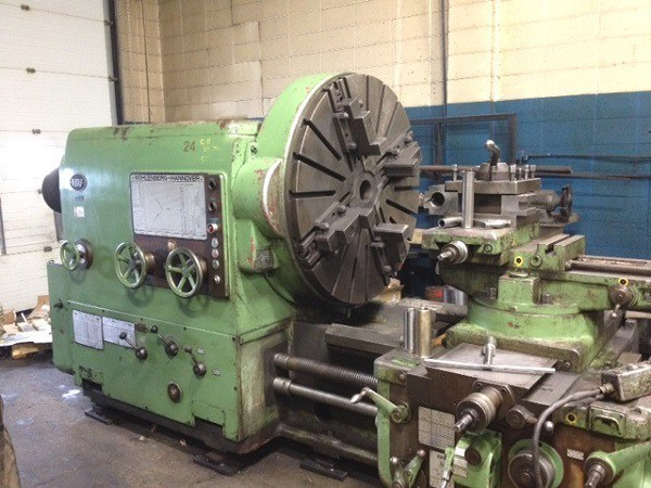 "1 – USED 53"" X 268"" VDF MANUAL ENGINE LATHE"