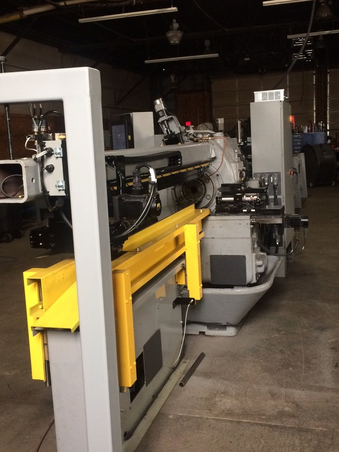 """1 – USED 5"""" REMANUFACTURED NO. 35 BARDONS & OLIVER CUT-OFF LATHE WITH NEW PLC PROGRAMMABLE CONTROLS & NEW 24' MAGAZINE BAR FEED"""
