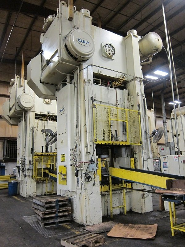 2 – USED 800 TON DANLY SSSC PRESSES C-5452