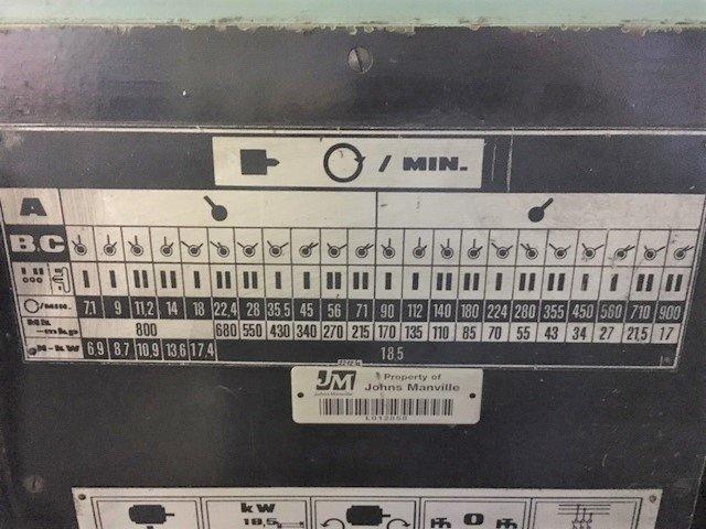 "1 – USED TOS 33"" X 196"" ENGINE LATHE"