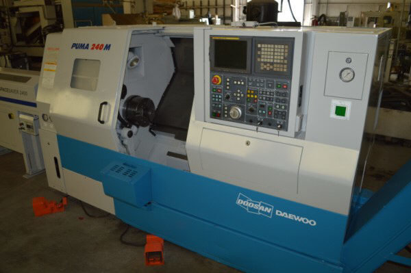 "1 – USED #240MC DAEWOO/DOOSAN ""PUMA"" CNC TURNING CENTER WITH C-AXIS LIVE MILLING AND BAR FEED"