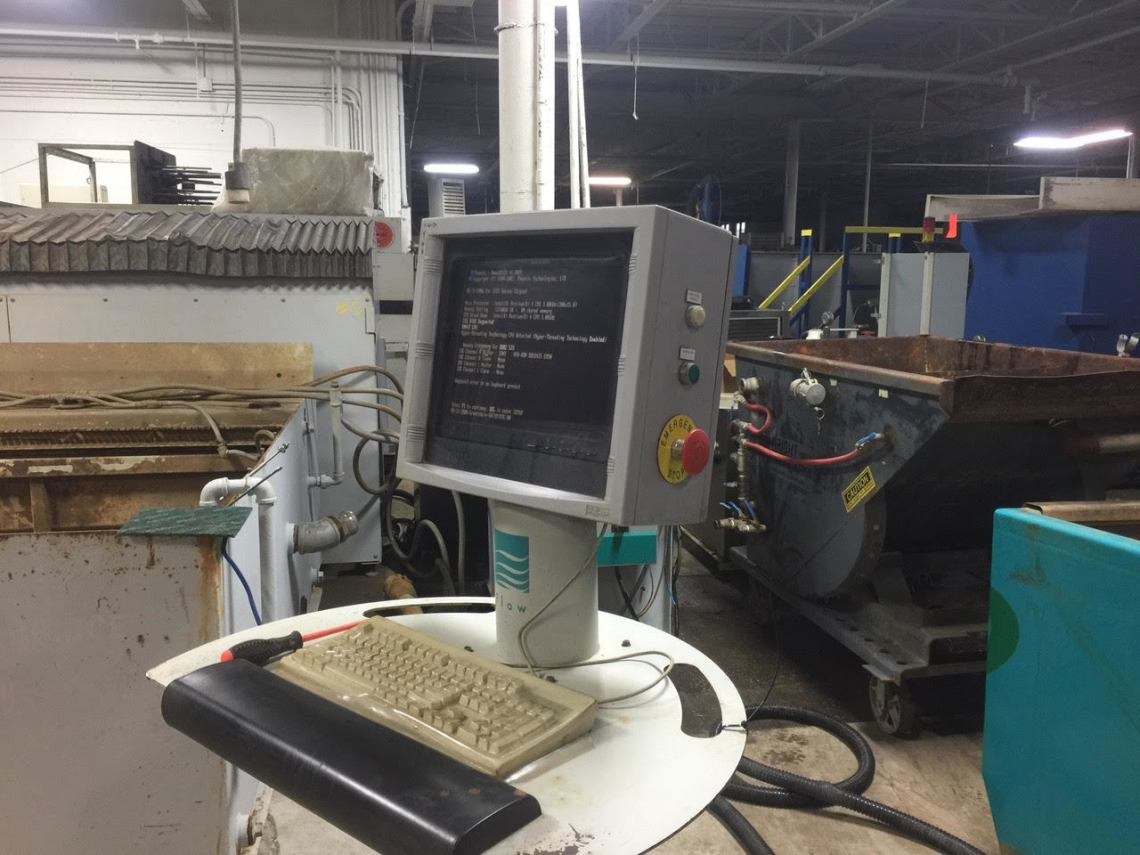 ​1 – USED 6.5' X 13' FLOW CNC WATERJET CUTTING SYSTEM