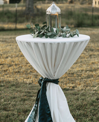 Cocktail Table - Pedestal