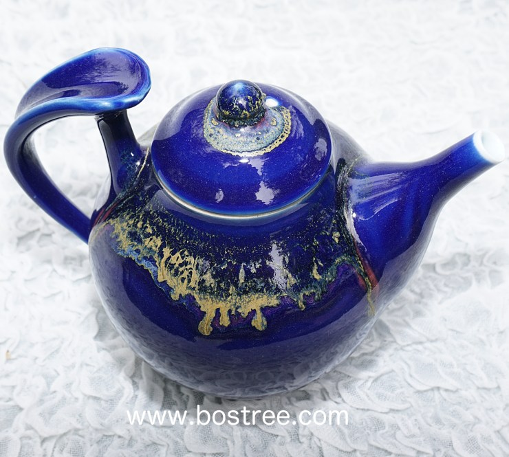Teapot by Andrew Boswell