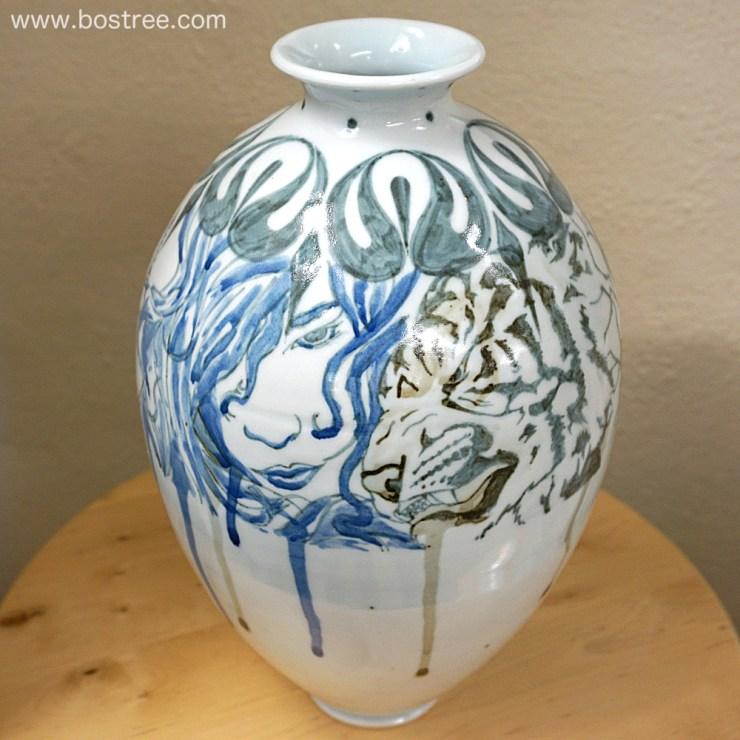 Lady, Tiger, and Fighter Illustrated Vase by Andrew Boswell 00019