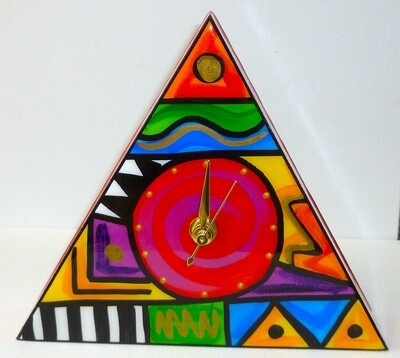 Abstract Triangle clock (Small)
