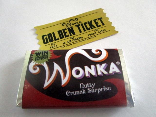 Mini Modern Golden Ticket & Bar