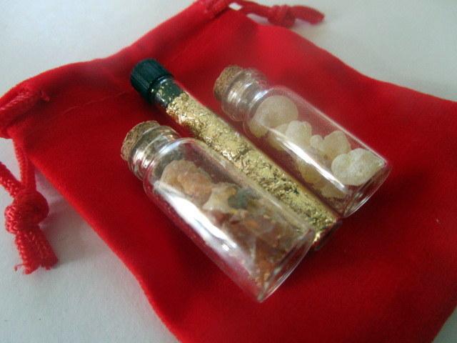 Gold, Frankincense, and Myrrh Set elf1020