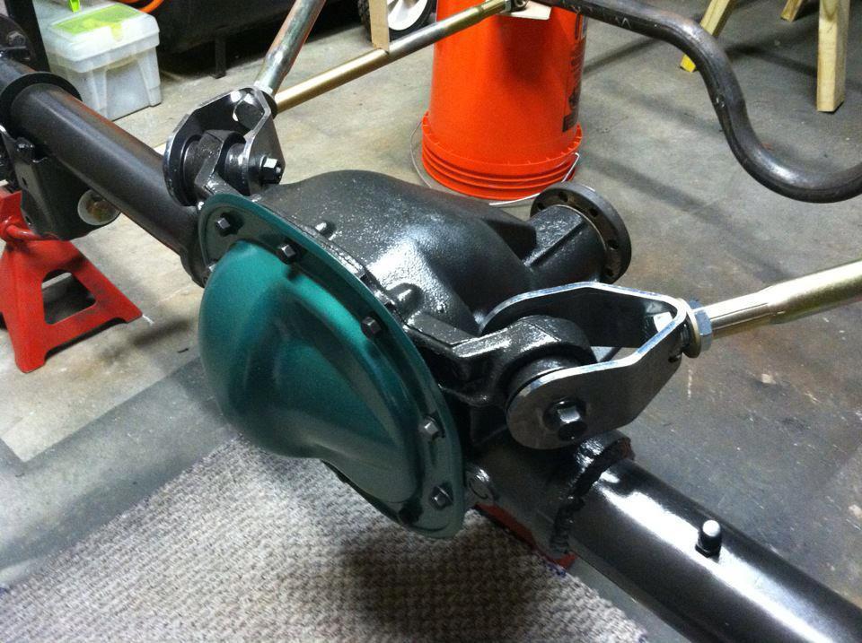 8.8 & GM Triangulated Upper Axle Bracket