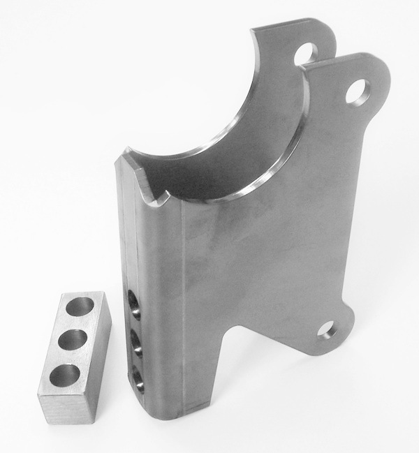 Axle Bracket Kit, Parallel Four Link