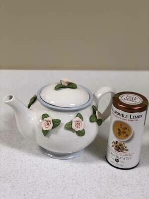 Teleflora Teapot & Full-Leaf Loose Herb Tea