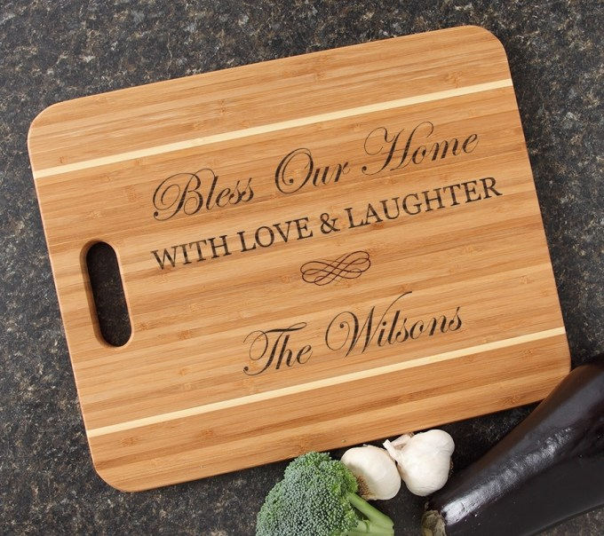 Personalized Cutting Board Engraved 15x12 Handle DESIGN 22 CBA-022