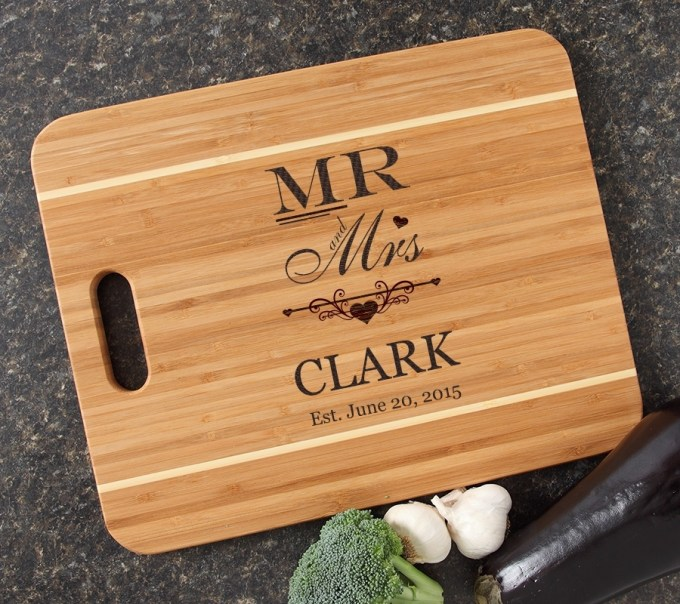 Personalized Cutting Board Engraved 15x12 Handle DESIGN 21 CBA-021