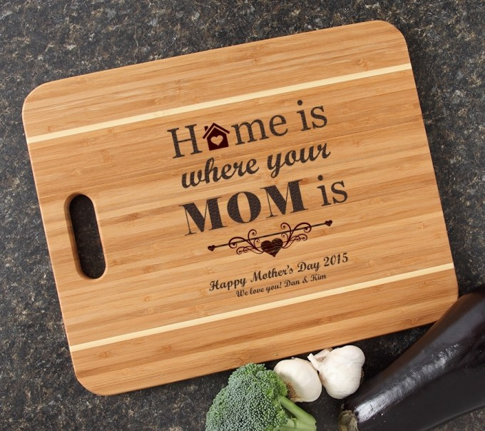 Personalized Cutting Board Custom Engraved Bamboo Cutting Board-15 x 12 Handle Mom