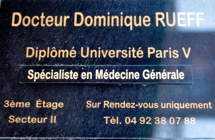 plaque-immeuble-dr-rueff