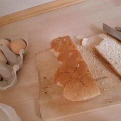 Eier. Brot