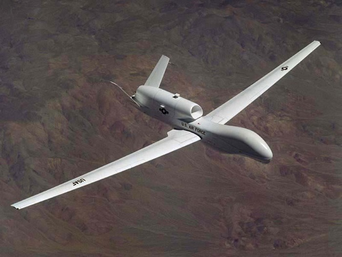 EDWARDS AIR FORCE BASE, Calif. - The first 17 members of ACC are being trained by Edwards' testers to learn how to fly the Global Hawk unmanned aerial vehicle. Training has been ongoing here for the past few months and is projected to be complete by midsummer.  (Courtesy photo)