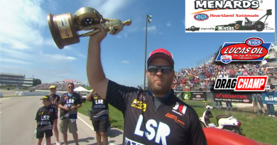Trevor Larson 2019 Heartland Nationals Super Street Winner holding trophy