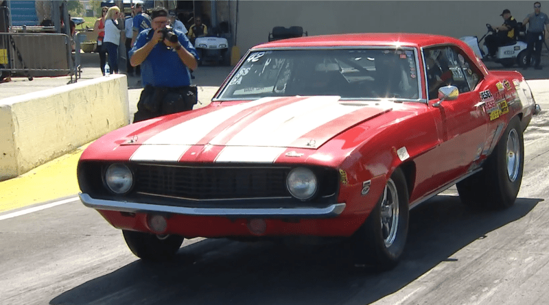 Vic Penrod 2019 Route 66 Nationals Super Stock Champ burnout
